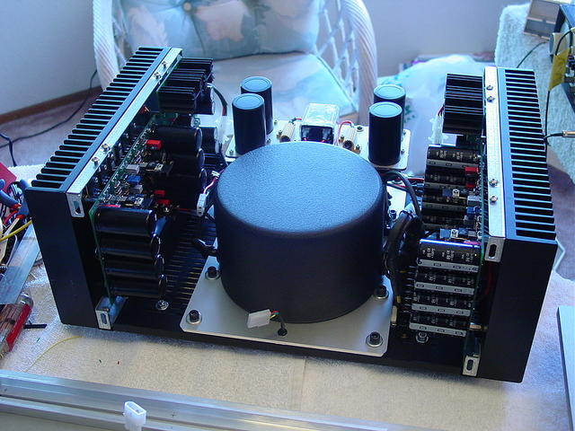 The 24 Fully Differential Power Amplifier